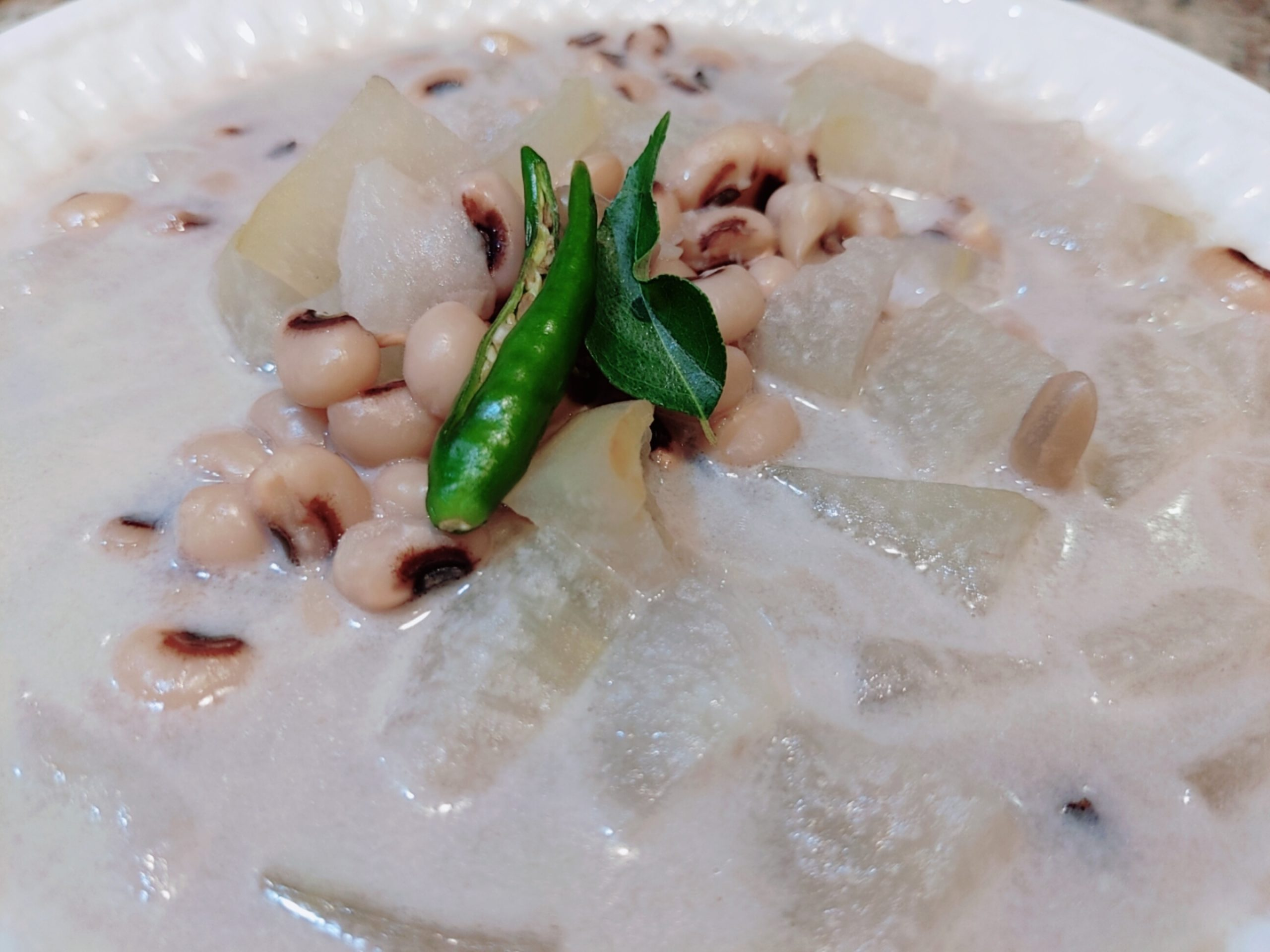 Ash Gourd & Black-Eyed Peas Curry   Olan